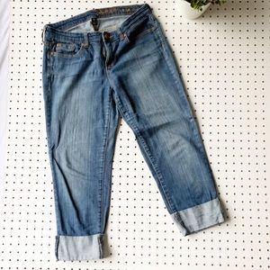 GAP Premium Crop jeans size 6 distressed comfort